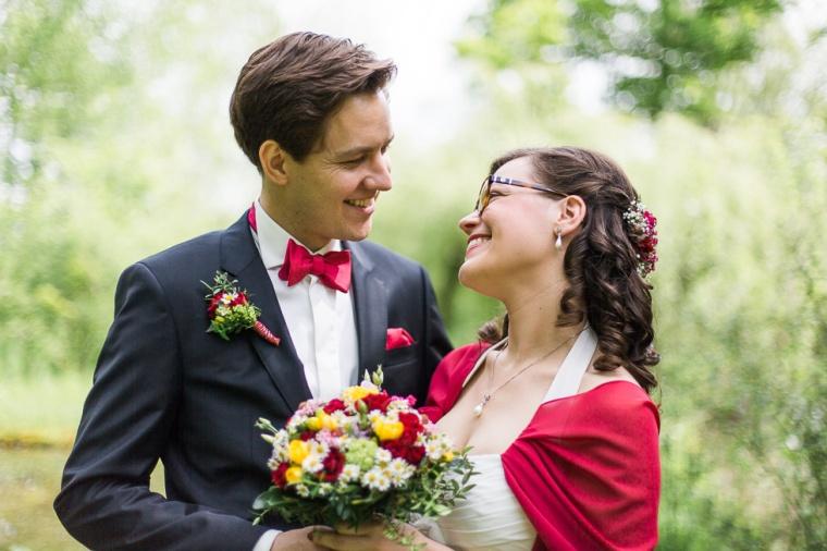 Hochzeit,Hochzeitsfotograf,München,Ebersberg,Burghausen,Brautpaar,Hochzeitsfeier,GettingReady,FirstLook,Paarshoot,Sunset,Bayern,Brautpaar-121