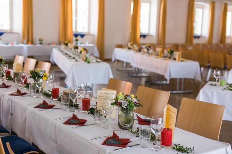 Hochzeit,Hochzeitsfotograf,München,Ebersberg,Burghausen,Brautpaar,Hochzeitsfeier,GettingReady,FirstLook,Paarshoot,Sunset,Bayern,Brautpaar-135