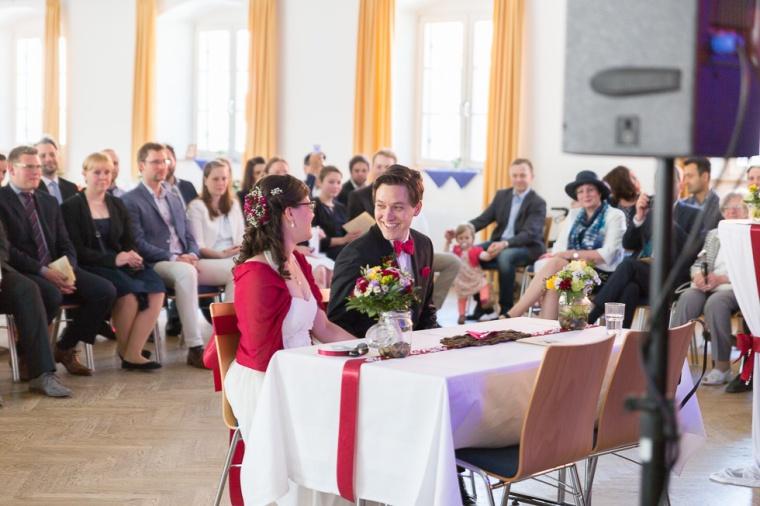 Hochzeit,Hochzeitsfotograf,München,Ebersberg,Burghausen,Brautpaar,Hochzeitsfeier,GettingReady,FirstLook,Paarshoot,Sunset,Bayern,Brautpaar-137