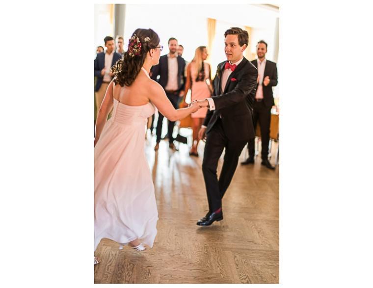 Hochzeit,Hochzeitsfotograf,München,Ebersberg,Burghausen,Brautpaar,Hochzeitsfeier,GettingReady,FirstLook,Paarshoot,Sunset,Bayern,Brautpaar-144