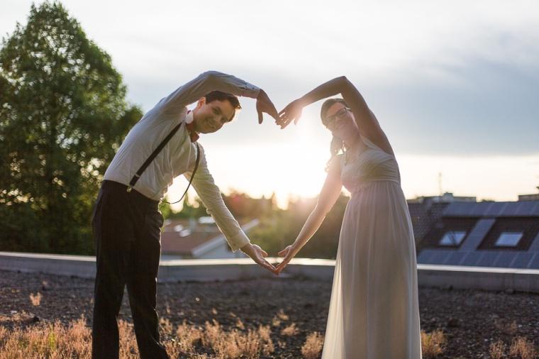 Hochzeit,Hochzeitsfotograf,München,Ebersberg,Burghausen,Brautpaar,Hochzeitsfeier,GettingReady,FirstLook,Paarshoot,Sunset,Bayern,Brautpaar-150