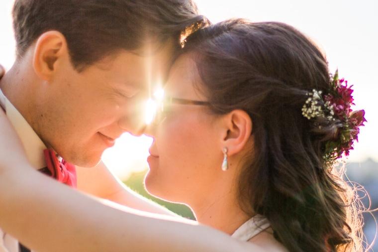 Hochzeit,Hochzeitsfotograf,München,Ebersberg,Burghausen,Brautpaar,Hochzeitsfeier,GettingReady,FirstLook,Paarshoot,Sunset,Bayern,Brautpaar-153