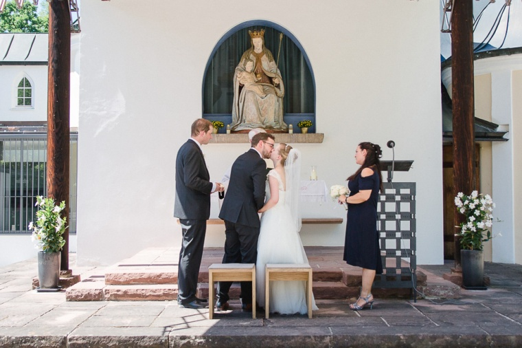 Hochzeit,Hochzeitsfotograf,Muenchen,Ebersberg,Burghausen,Brautpaar,Hochzeitsfeier,GettingReady,FirstLook,Paarshoot,Bayern,Brautpaar,Nymphenburg,Planegg-114