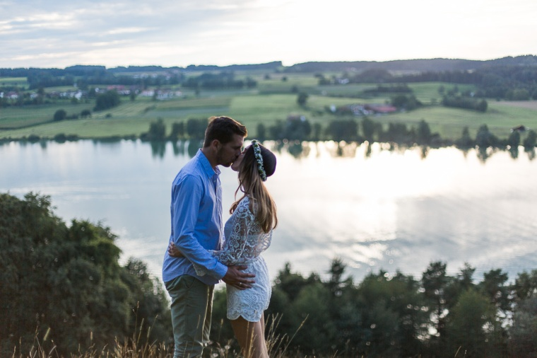 Hochzeit,Hochzeitsfotograf,München,Ebersberg,Burghausen,Chiemgau, Waging,Taching,See,Brautpaar,Paarshoot,Sunset,Bayern,Brautpaar,Engagement,Love-124