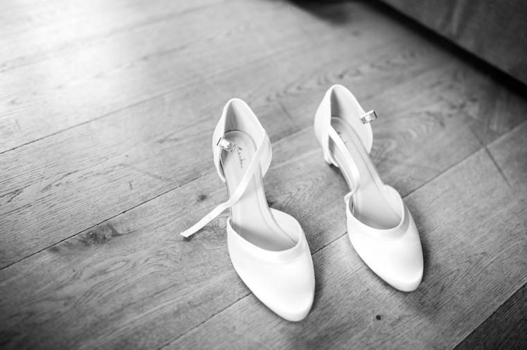 Hochzeit, Bayern, Muenchen, Hochzeitsfotograf, Brautpaar, Brautstrauß, Ebersberg, Burghausen, Altoetting, Chiemsee, Aiterbach, Getting Ready, Aschau, Chiemgau, Hochzeitsfeier-101