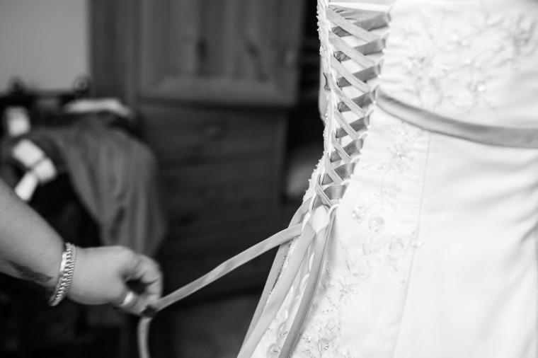 Hochzeit, Bayern, Muenchen, Hochzeitsfotograf, Brautpaar, Brautstrauß, Ebersberg, Burghausen, Starnberg, Starnberger See, Roseninsel, Getting Ready, Hochzeitsfeier-107