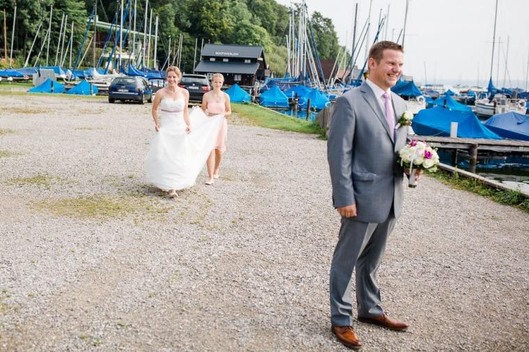 Hochzeit, Bayern, Muenchen, Hochzeitsfotograf, Brautpaar, Brautstrauß, Ebersberg, Burghausen, Starnberg, Starnberger See, Roseninsel, Getting Ready, Hochzeitsfeier-111