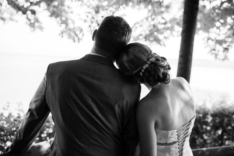 Hochzeit, Bayern, Muenchen, Hochzeitsfotograf, Brautpaar, Brautstrauß, Ebersberg, Burghausen, Starnberg, Starnberger See, Roseninsel, Getting Ready, Hochzeitsfeier-128