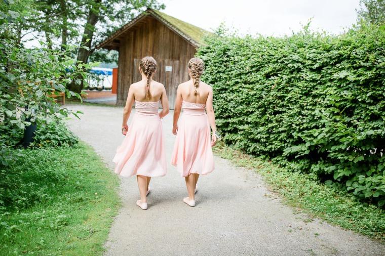 Hochzeit, Bayern, Muenchen, Hochzeitsfotograf, Brautpaar, Brautstrauß, Ebersberg, Burghausen, Starnberg, Starnberger See, Roseninsel, Getting Ready, Hochzeitsfeier-139