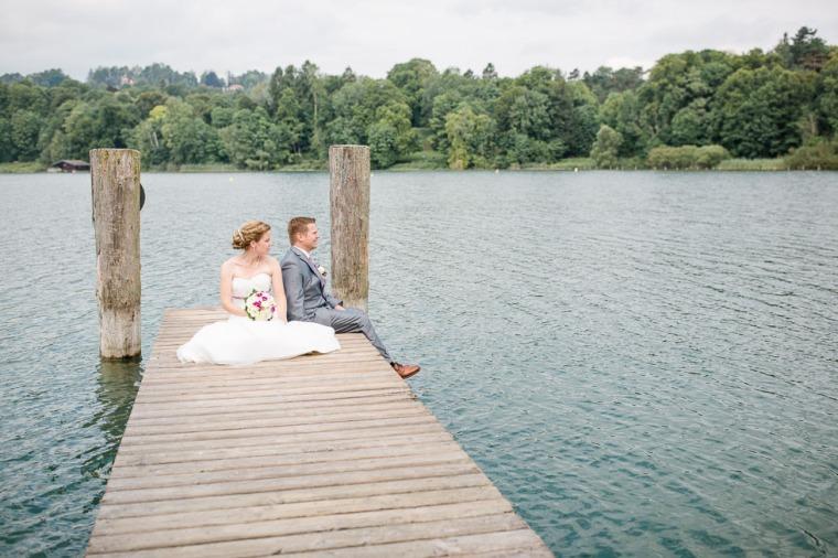 Hochzeit, Bayern, Muenchen, Hochzeitsfotograf, Brautpaar, Brautstrauß, Ebersberg, Burghausen, Starnberg, Starnberger See, Roseninsel, Getting Ready, Hochzeitsfeier-142