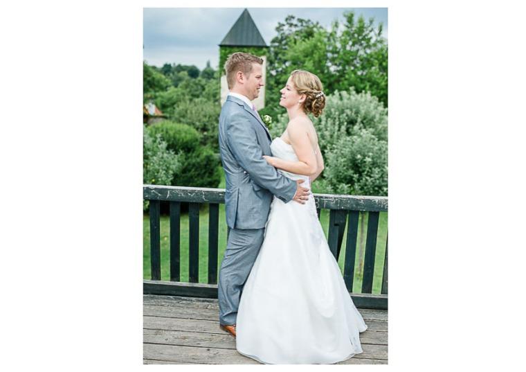 Hochzeit, Bayern, Muenchen, Hochzeitsfotograf, Brautpaar, Brautstrauß, Ebersberg, Burghausen, Starnberg, Starnberger See, Roseninsel, Getting Ready, Hochzeitsfeier-159
