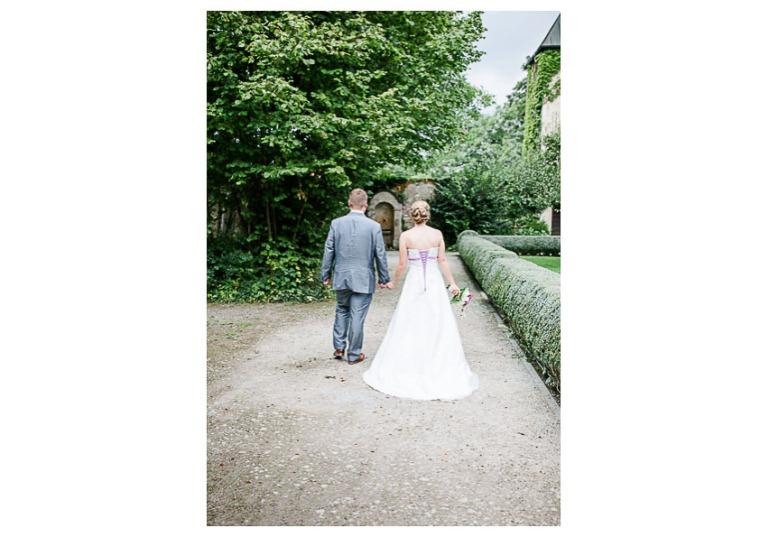 Hochzeit, Bayern, Muenchen, Hochzeitsfotograf, Brautpaar, Brautstrauß, Ebersberg, Burghausen, Starnberg, Starnberger See, Roseninsel, Getting Ready, Hochzeitsfeier-162