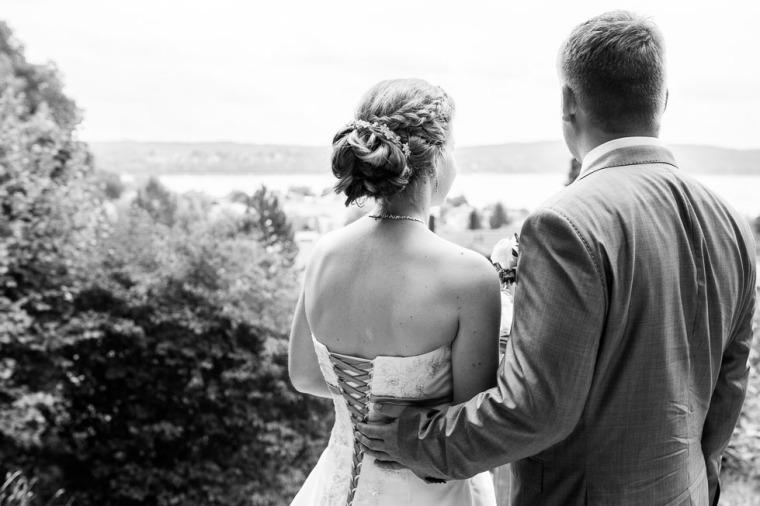 Hochzeit, Bayern, Muenchen, Hochzeitsfotograf, Brautpaar, Brautstrauß, Ebersberg, Burghausen, Starnberg, Starnberger See, Roseninsel, Getting Ready, Hochzeitsfeier-169