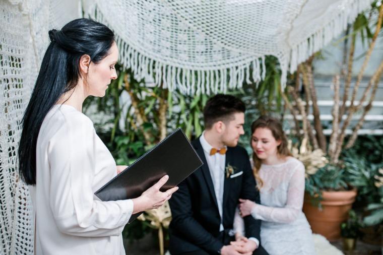 Hochzeit, Bayern, Muenchen, Hochzeitsfotograf, Brautpaar, Alte Gärtnerei Taufkirchen, Burghausen, Hochezitsfotograf München-132