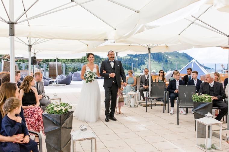 Hochzeit, Bayern, Muenchen, Hochzeitsfotograf, Brautpaar, Burghausen, Berghochzeit, Ellmau, Berge, Alpen-123