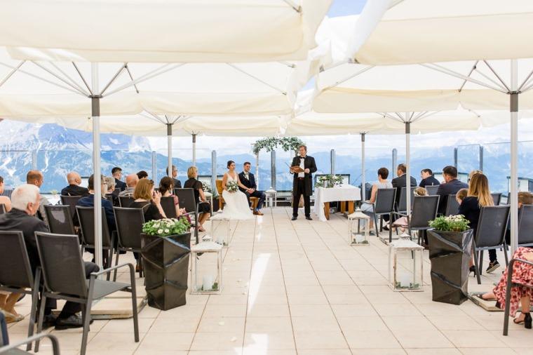 Hochzeit, Bayern, Muenchen, Hochzeitsfotograf, Brautpaar, Burghausen, Berghochzeit, Ellmau, Berge, Alpen-125