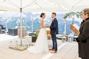 Hochzeit, Bayern, Muenchen, Hochzeitsfotograf, Brautpaar, Burghausen, Berghochzeit, Ellmau, Berge, Alpen-130