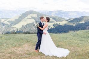Hochzeit, Bayern, Muenchen, Hochzeitsfotograf, Brautpaar, Burghausen, Berghochzeit, Ellmau, Berge, Alpen-149